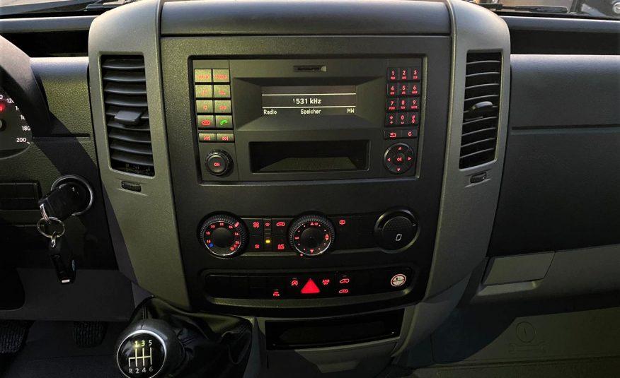 VW CRAFTER > 2.0 TDI > 136 CP > 2014 > 160 000 KM > GARANTIE 10 000 KM/06 LUNI > POSIBILITATE LEASING/CREDIT