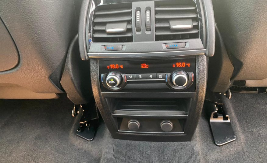 BMW X5 > M PACHET > 295 CMC > 320 CP > 136 000 KM > GARANTIE 12 LUNI/20 000 KM > POSIBILITATE LEASING/CREDIT